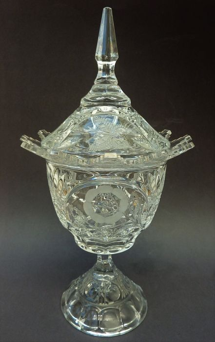 Antique crystal ginger cup with cut butterflies flowers - Crystal