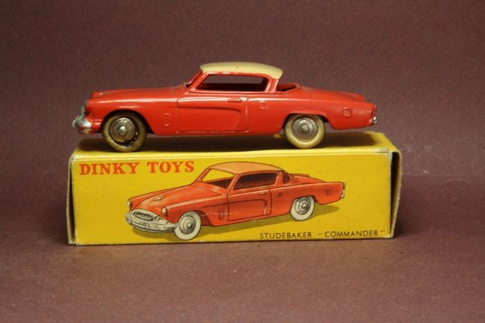 Dinky Toys - 1:43 - Studebaker Commander - Dinky toys France 24Y