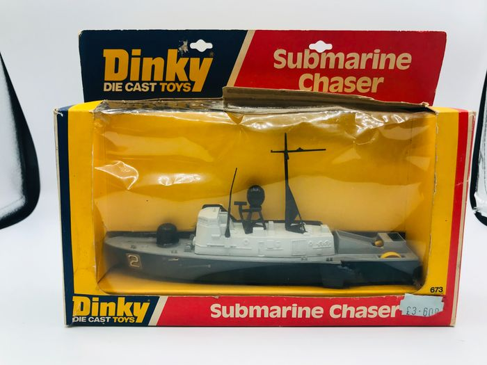Dinky Toys - 1:43 - Submarine chaser N°673 - With missiles