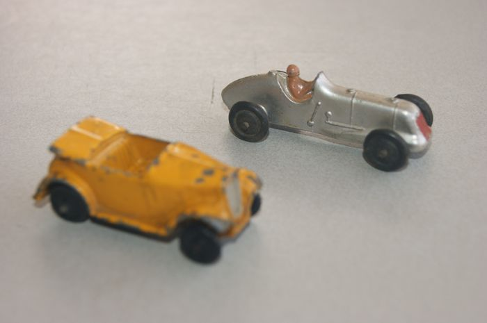 "Dinky Toys - 1:38 - PRE-War Second Issue: ""AUSTIN 7 OPEN TOURER"" no.35d - 1938 - : ""M.G. MIDGET Racer"" no.35b - 1936 / '38"