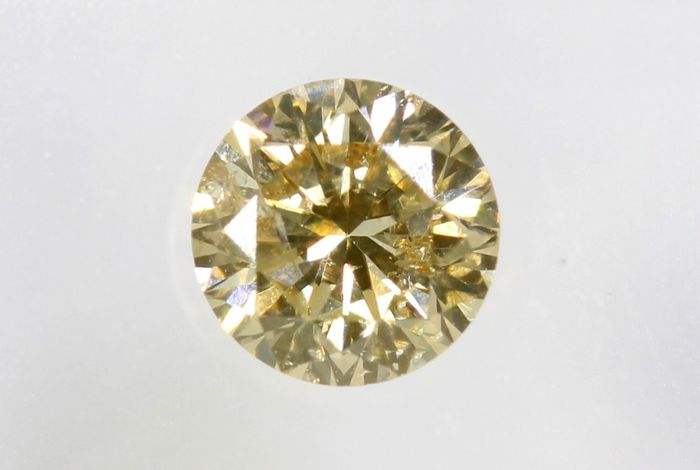 Diamond - 0.26 ct - Brilliant -  ( Color Treated ) - No Reserve Price - I1