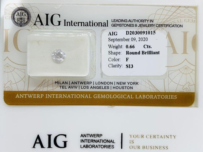 1 pcs Diamond - 0.66 ct - Brilliant, Round - F - SI3
