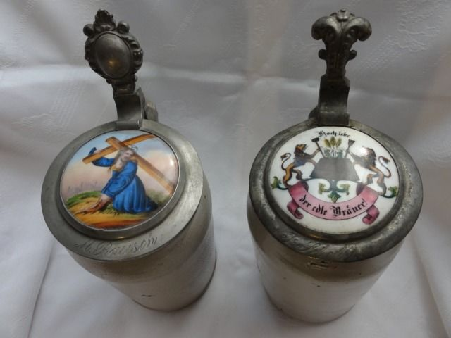 2 roller jugs with porcelain inlays in the lid, Biedermeier around 1855 - Stoneware