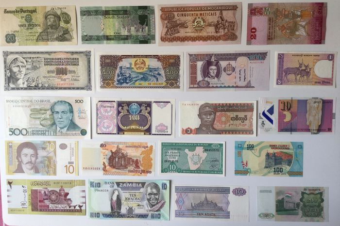 World - 100 Banknotes (All different) - Various dates