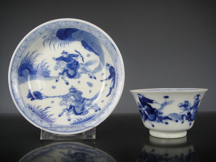 Cup and saucer - Porcelain - China - 19th century