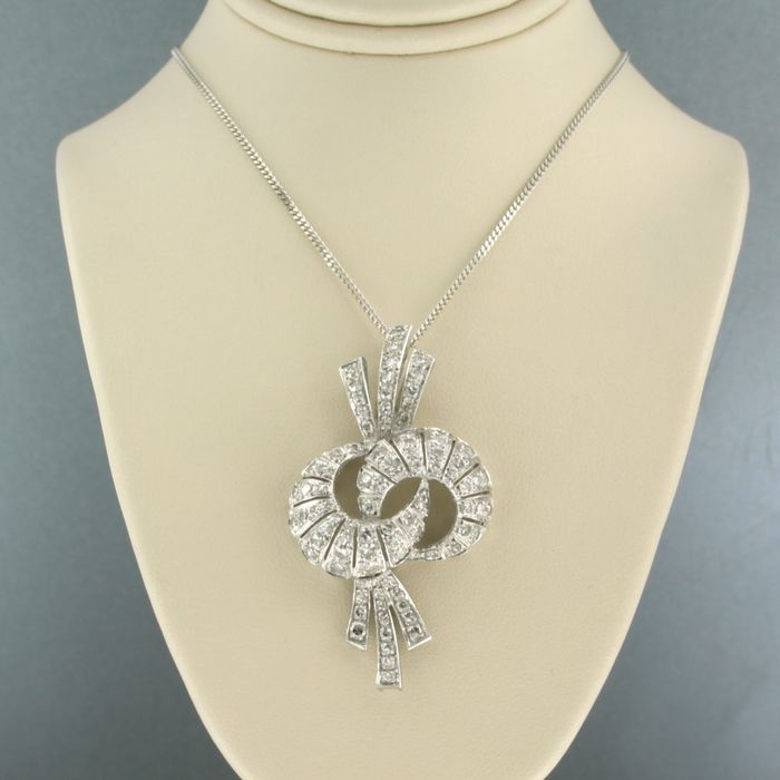 14 kt. White gold - Necklace with pendant - 2.40 ct Diamond