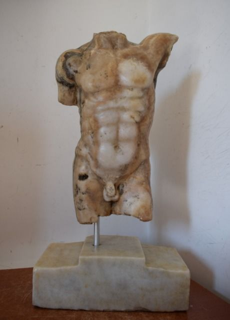 Sculpture, Virile torso - Onyx of Montaione - 20th century