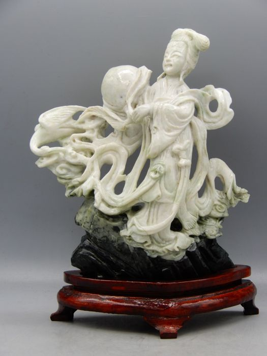 Fine carved statue of He Xiangu - Natural stone - China - Second half 20th century