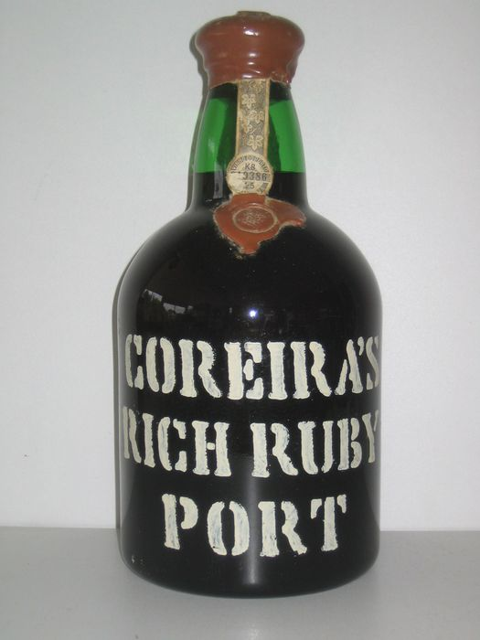 Coreira's Rich Ruby Port - The Douro Wine Shippers And Growers Association - 1 Tappit Hen (2.1L)