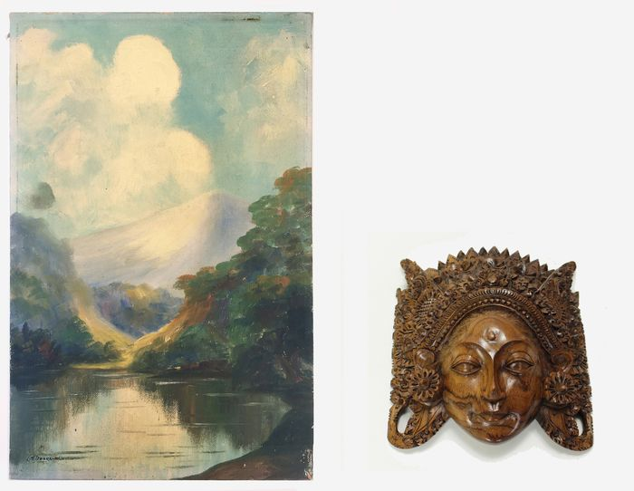 wooden wall version and painting (2) - Hardwood, oil paint - L.T. Doornick - Bali and 'Telaga Warna' (Java) - Indonesia