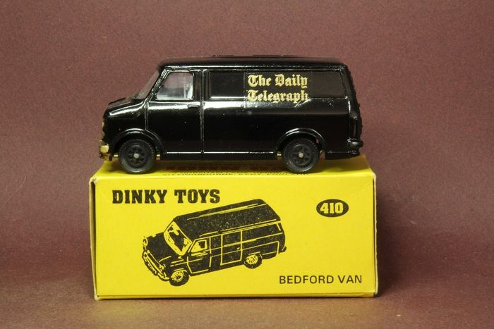 Dinky Toys - 1:43 - Bedford van - Dinky Toys 410 the daily telegraph