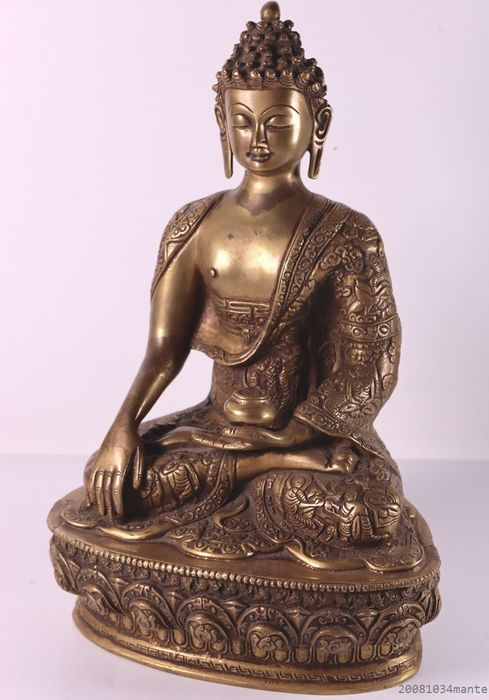 Large Buddha statue with special mantle - Bronze - Nepal - Late 20th century
