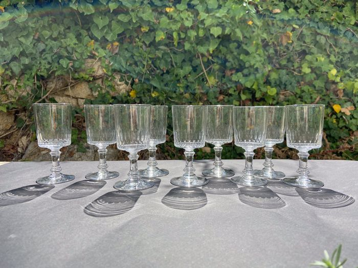 Baccarat - Rare and beautiful suite of 10 glasses - Cut crystal
