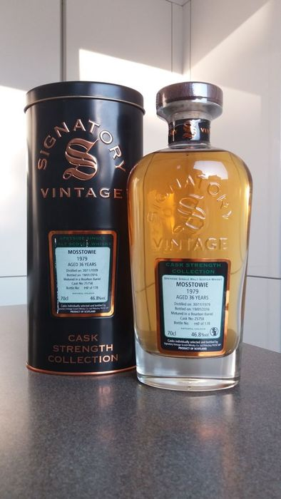 Mosstowie 1979 36 years old Cask Strength Collection - Signatory Vintage - b. 2016 - 70cl
