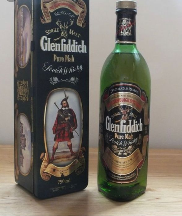Glenfiddich Clan Maclean - Original bottling - b. Années 1980 - 75cl