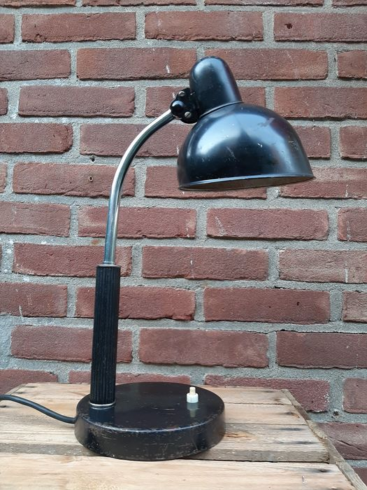 Christian Dell - Kaiser Idell - Lampe de bureau, Lampe de table (1) - Model 6650