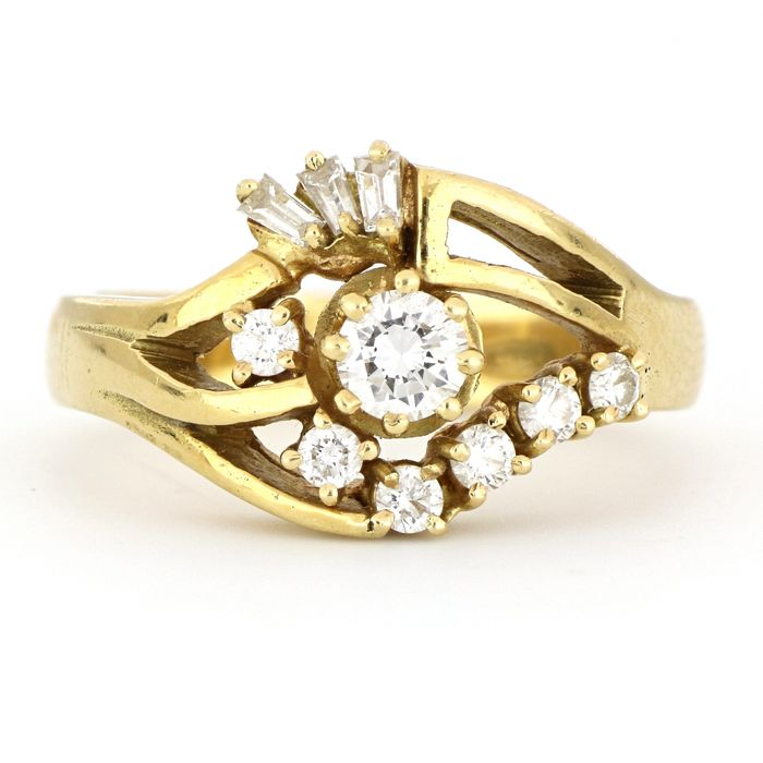 AIG Certificate - no reserve price - 18 kt. Yellow gold - Ring - 0.86 ct Diamond