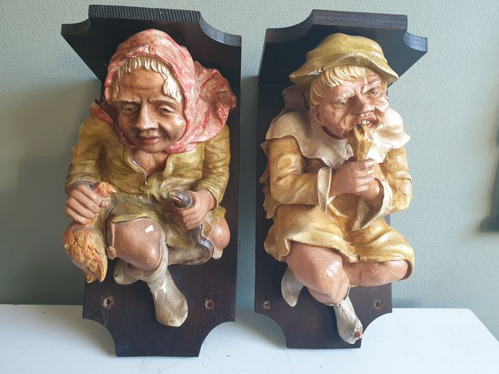 Wall consoles with plaster figure (2) - Plaster, Wood