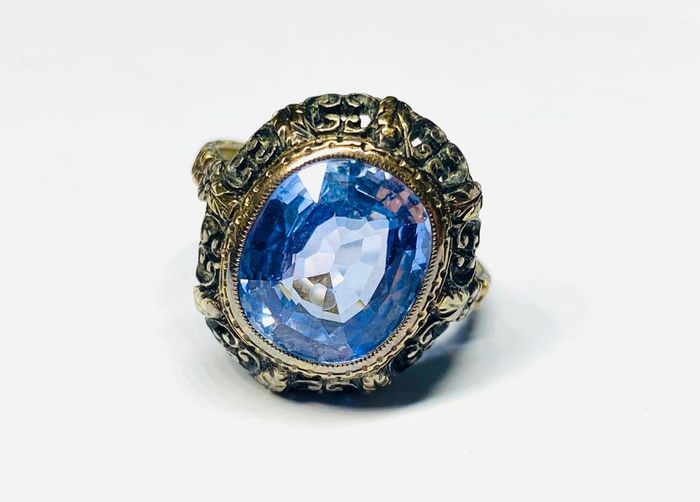 18 kt. Gold - Ring - 9,00 ct Sapphire