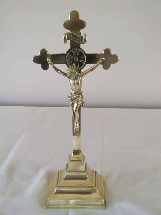 Very large church christ in solid bronze. Height 33cm. - Bronze - 19th century