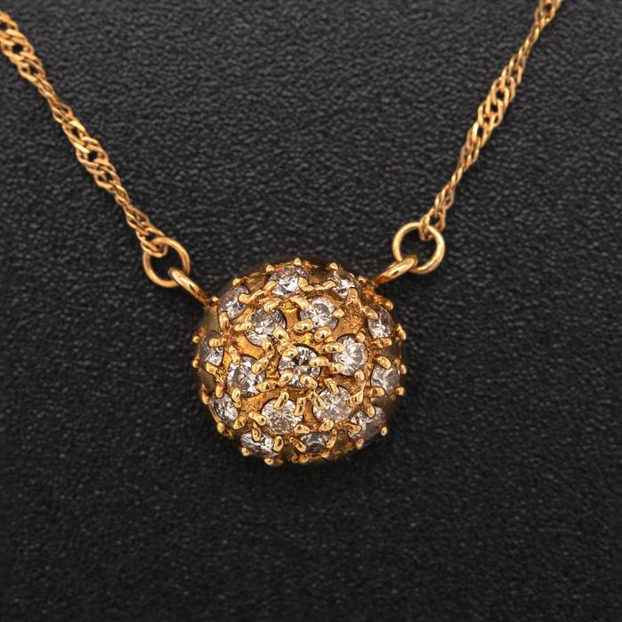 18 kt. Yellow gold, 2.90g - Necklace with pendant - 0.34 ct Diamond - No Reserve Price