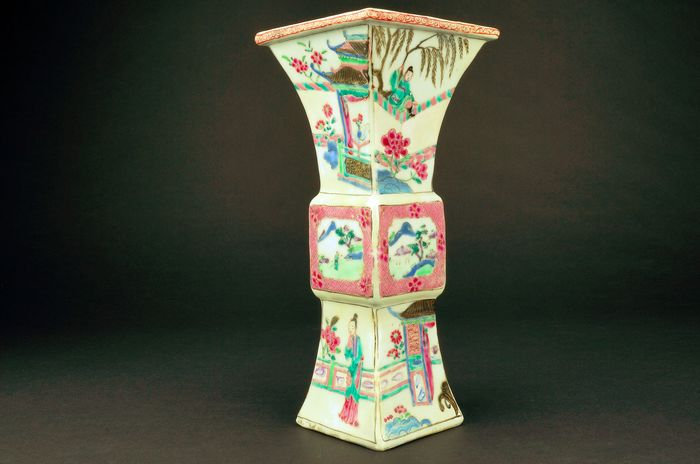 Vase - Famille rose - Porcelain - Romance of the Western Chamber - China - Yongzheng (1723-1735)