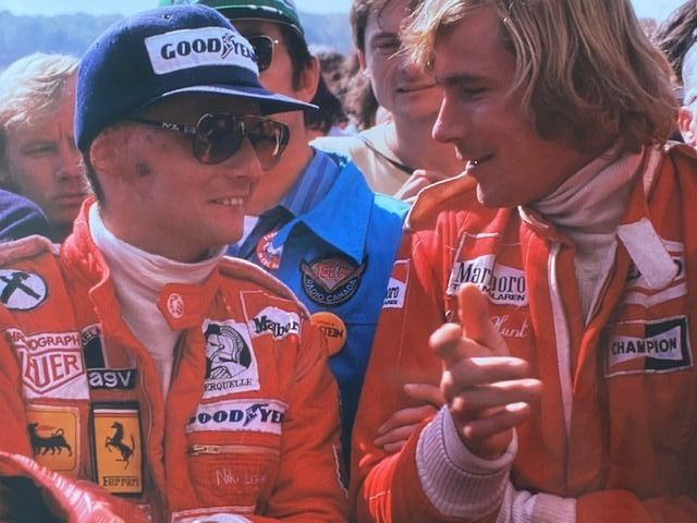 Photograph  -  1976 Niki Lauda and James Hunt pits. Colour photograph - Ferrari - After 2000