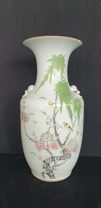 Vase (1) - Famille rose - Porcelain - Bird - Grote famille rose vaas - China - Early 20th century