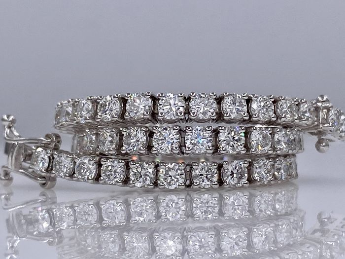 18 kt white gold tennis bracelet - with 4.40ct diamonds - Without reserve price!