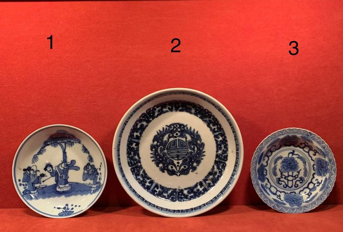 Plate (3) - Blue and white - Porcelain - China - Qing Dynasty (1644-1911)