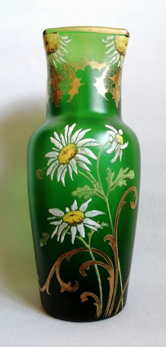 François Théodore LEGRAS (1839-1916) - Large Art Nouveau vase with enamelled decoration of daisies and arabesque of thistles enhanced with gold -