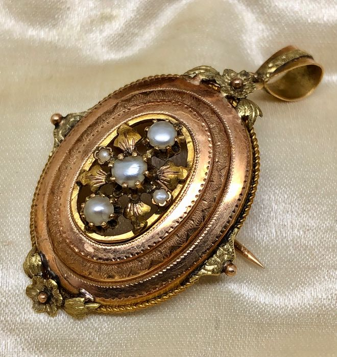 """18 kt. Gold - Important Brooch-Pendant Napoleon III """"no reserve price"""" Fine Pearls"""