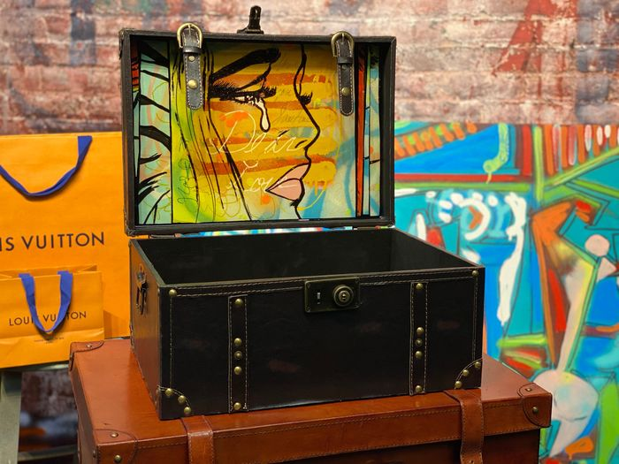 Dillon Boy - Luxury Suitcase Trunk with Original Dillon Boy Painting