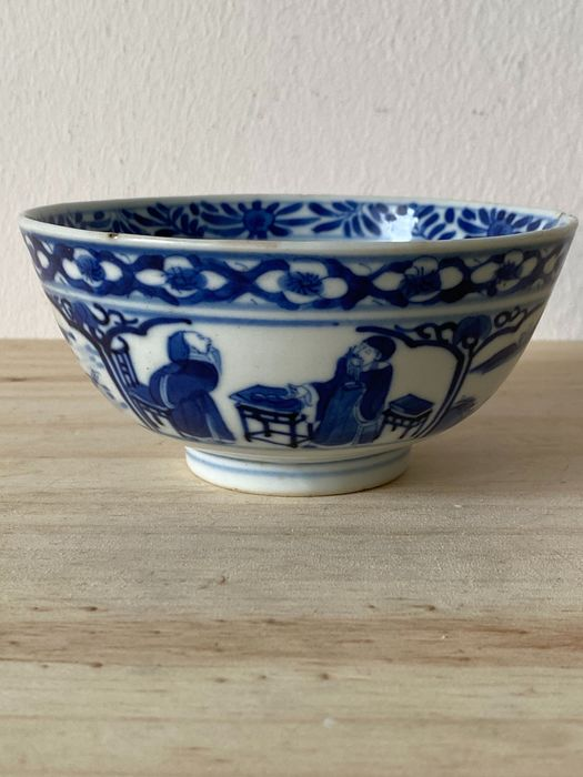 Bowl - Blue and white - Porcelain - China - Late 19th century