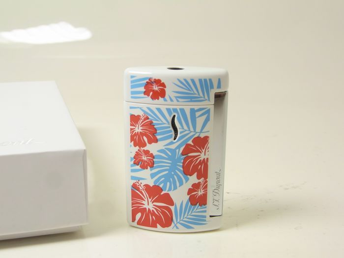 S.T Dupont Minijet Hawaii White 010533  NEW in box - Lighter