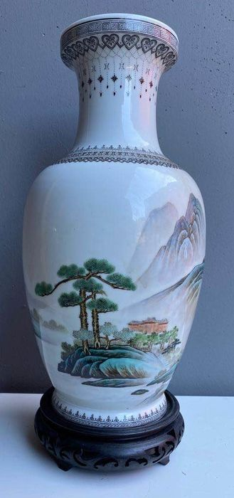 Vase (1) - Porcelain - China - Second half 20th century