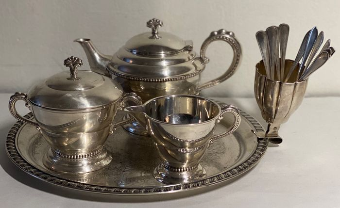 Silver plated coffee / tea set, Gero before 1965 - Includes sugar bowl , milk jug and tray. - Silverplate