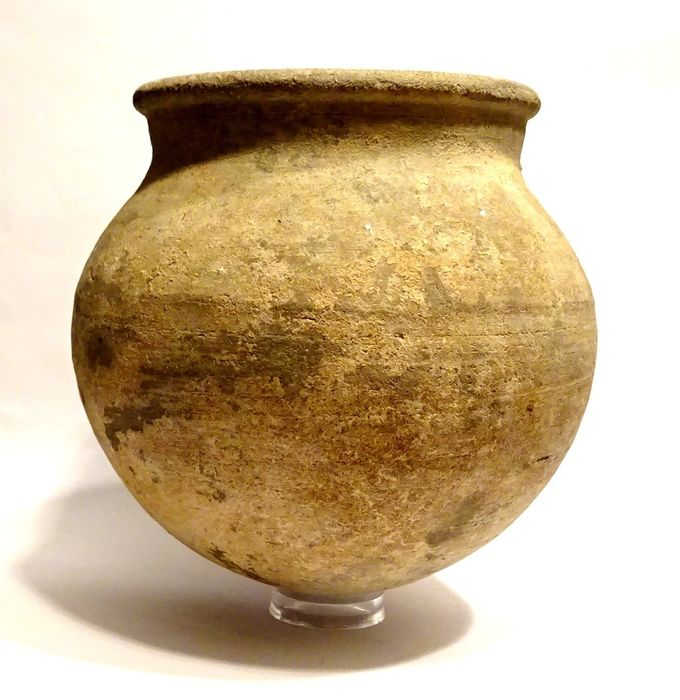 Ancient Persia - Ceramic Rare gray terracotta vase from the Amlash culture - 13.3×12.7×12.7 cm