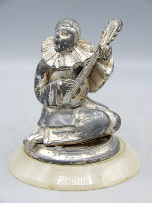 Fine statuette of a Pierrot with a lute