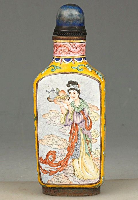Snuff bottle - Snuffbox - Guanyin - Sage - Flowers - Hand painted
