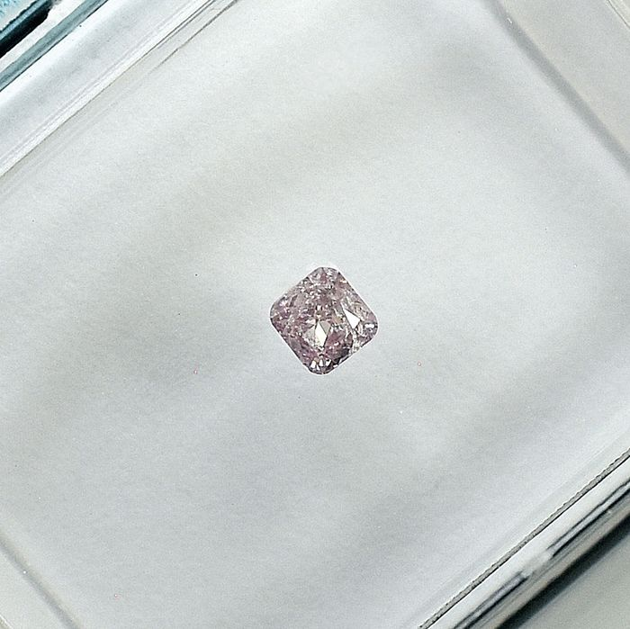 Diamant - 0.08 ct - Carré - Natural Fancy Light Pink - I1 - NO RESERVE PRICE