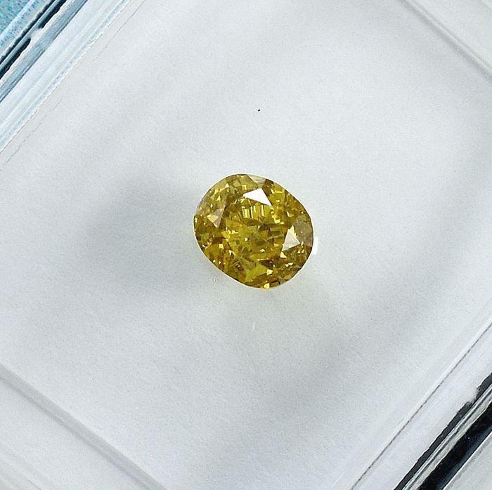 Diamant - 0.32 ct - Oval - Natural Fancy Orangy Yellow - VS2 - NO RESERVE PRICE