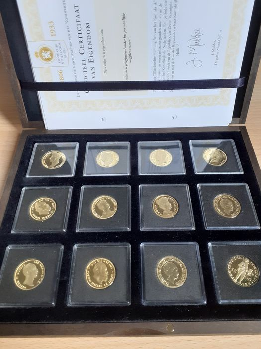 The Netherlands - Replica's 5 en 10 Gulden 1806/1933 - 12 stuks - Verguld Brons