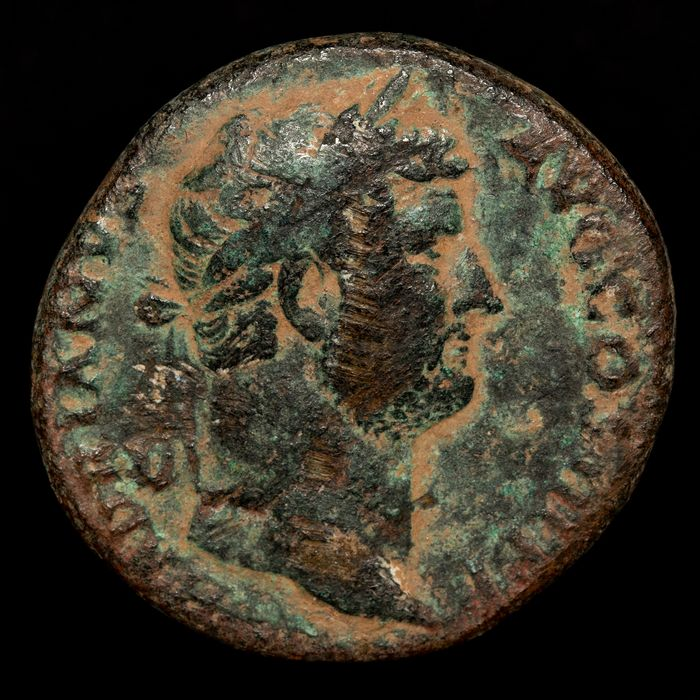 Romeinse Rijk - AE Sestertius, Hadrian (117-138 A.D.). Rome mint, 134-138  - SALVS AVG, Salus feeding out of patera snake coiled - Brons