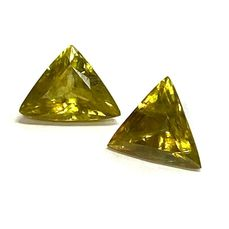 2 pcs  Titanit - 3.30 ct