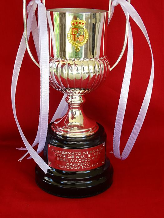 Real Madrid - King's Spanish Cup 2013/14 - Trophy