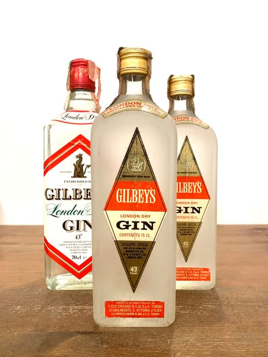 Gilbey's - London Dry Gin - b. 1960s, 1990s - 70cl-75cl - 3 bottles