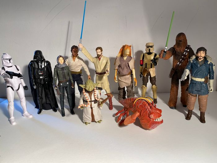 Star Wars - Lot of 17 - see photos - Loose and in Box  - Pupazzetto