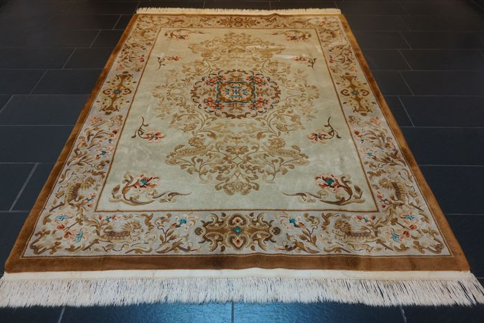 China Aubusson - Carpet - 250 cm - 185 cm