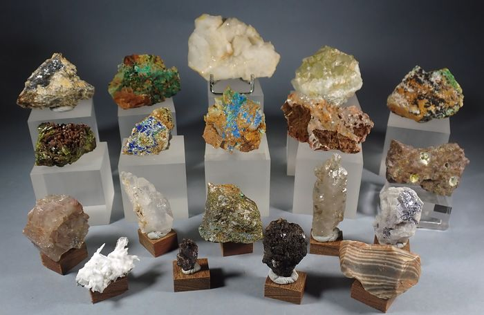 Mineral Collection - 551 g - (19)